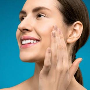 Mengatasi Kulit Kering pada Wajah, Pilih Skincare dengan Kandungan ini