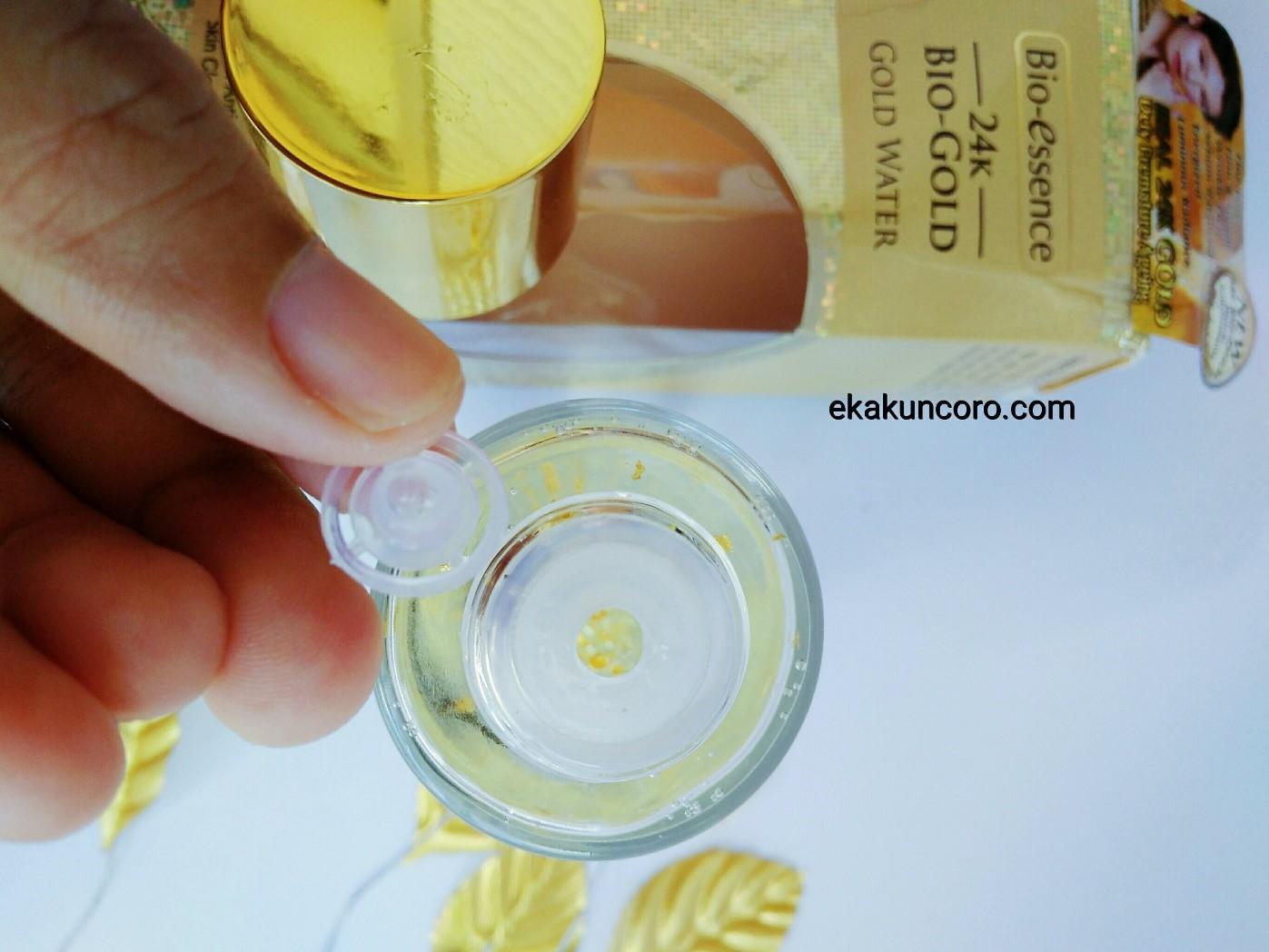 Kemasan Botol BIO-ESSENCE 24K BIO-GOLD GOLD WATER Review Eka-3